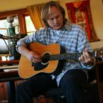 richard-page-guitar-studio